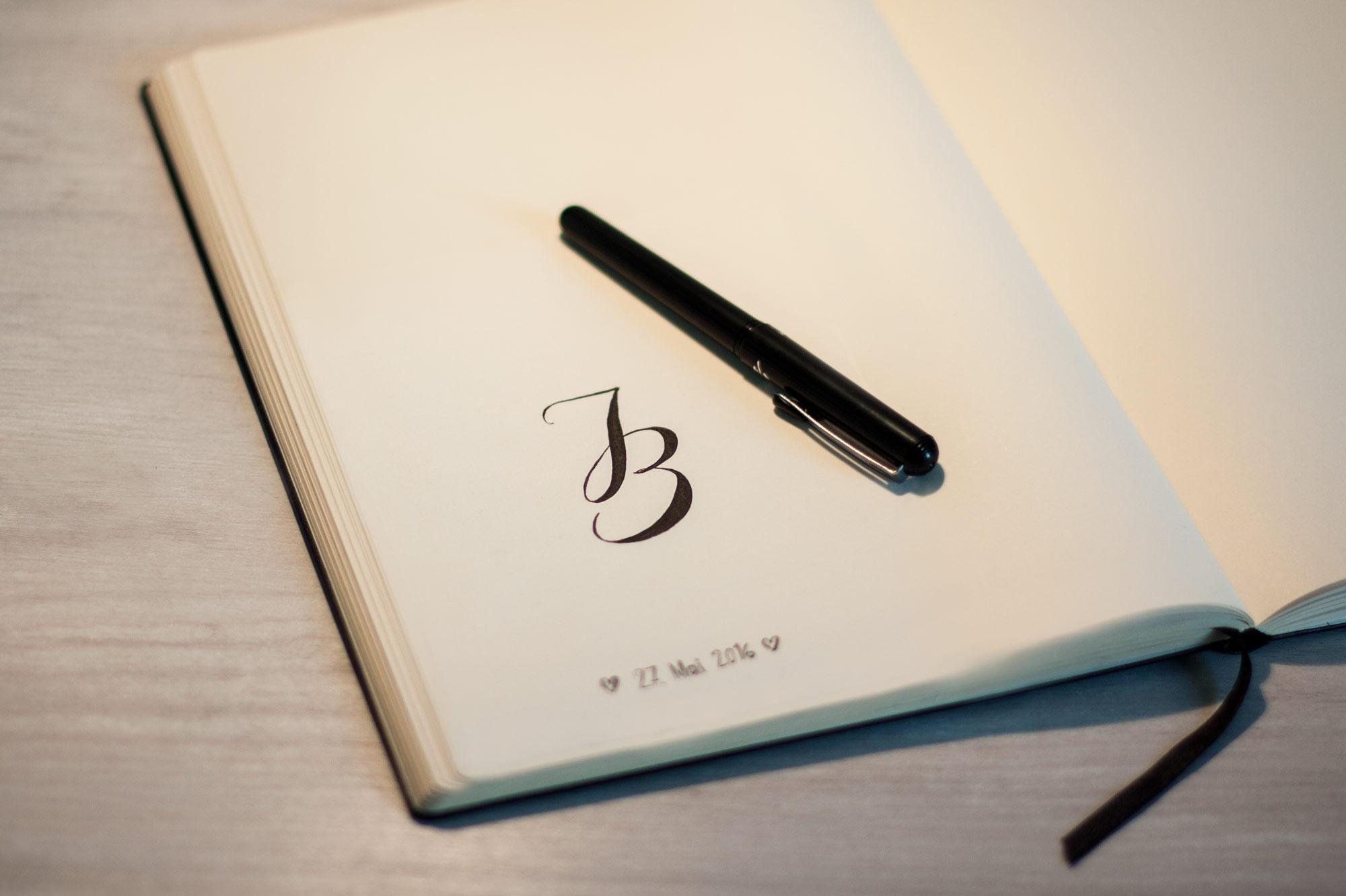 monogramm-jb-02